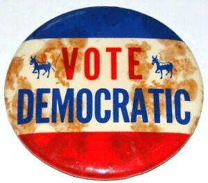 1960 VOTE DEMOCRATIC JOHN F. KENNEDY JFK pin pinback button political election