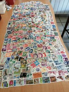 SUEDE 800 timbres tous différents 9 scans