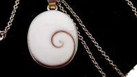 Vintage White Agate stone pendant necklace.