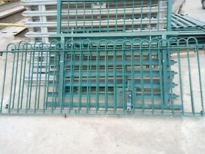 Bow top green metal fence panels, 2.8 m