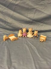 Calico Critters Whiskers Cat Family 4 Figures rare vintage w/ bed set FREE SHIP