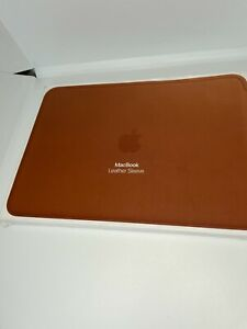 Apple Leather Sleeve for 12-inch MacBook Air and MacBook Pro - Saddle Brown