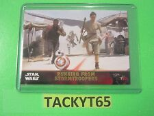 """STAR WARS """"THE FORCE AWAKENS"""" GOLD RUNNING FROM STORMTROOPERS BASE CARD 89"""