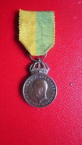 Orden Schweden Verdienstmedaille Miniatur Silberpunze mit Band