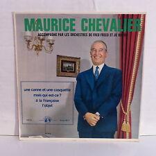 MAURICE CHEVALIER Une canne et une casquette V610