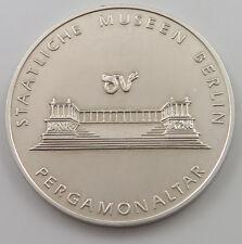GERMANY BERLIN 1967 PERGAMONALTAR MEDAL   #hll 153