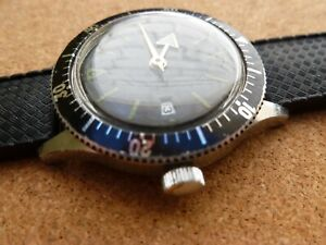 Mystery vintage skin diver watch - sterile dial, 17 jewel Lapanouse movement