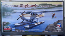 Cessna 172 Skyhawk floatplane 1:48 Minicraft 11634