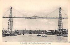B98328 nantes le pont transbordeur pris en amont ship bateaux france