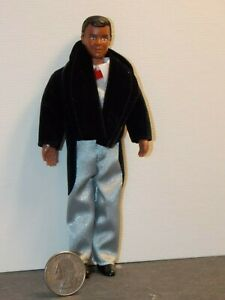 Dollhouse Miniature Doll Man Father 1:12 one inch scale E10 Dollys Gallery