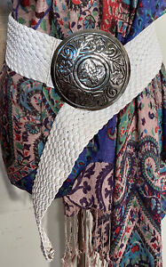 Retro boho white plait etched large round Buckle hip wide Belt Sz M