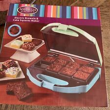 Nostalgia Electronics BROWNIE AND CAKE SQUARES  MAKER New