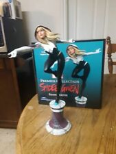 Marvel Premier Collection SpiderGwen Resin Statue by Diamond Select