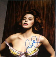 ROSE MCGOWAN SIGNED AUTOGRAPH BUSTY BABE HOT POSE PHOTO