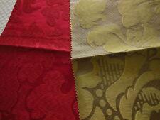 C3 duo petits coupons tissu luxe  motif rouge vert  Vila reale 30 cm sur 36 cm