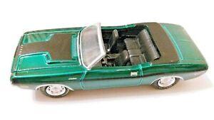 Greenlight 1970 DODGE CHALLENGER R/T GREEN MACHINE