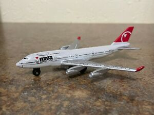 Matchbox Sky Busters Northwest Airlines Boeing 747