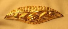 """Pod"""" Sculpted Goldtone Brooch Pin Handsome Openwork Textured """"Peas in a"""