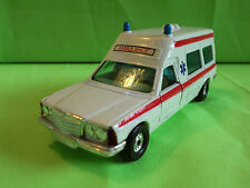 CORGI TOYS - MERCEDES BONNA 2500 AMBULANCE  -  RARE SELTEN IN GOOD CONDITION