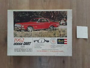 REVELL 1962 DODGE DART 440 MOTORIZED MODEL KIT BOX ONLY 1961 CHRYSLER
