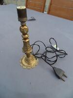 Pied de lampe laiton style art deco