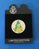 Disney Trading Pin DS - Christmas Golden Holiday Coin Series -  Pluto LE