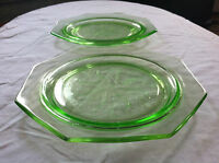 RARE Set of 2 Vintage GREEN DEPRESSION GLASS Octagon Plates U.S. Glass Company