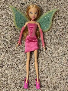 winx club charmix flora doll