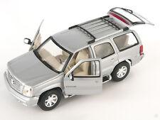 Livraison rapide Cadillac Escalade 2002 argent/silver welly modèle auto 1:24 Nouveau