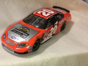NASCAR Diecast 1/24 scale #20 TONY STEWART Home Depot 2003 Chevy Monte Carlo