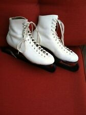 Ice Skates, woman's white size 5.5, Redwing Riedell leather shoe,Sheffield blade