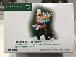 Dept. 56 Presents For The Family 58994 NEW NEVER OUT OF BOX Rare Item