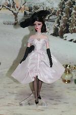 Barbie Silkstone Dulcissima + 3 Tenues Barbie Silkstone SOCLE MATTEL OFFERT