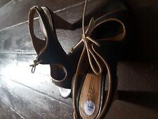 BNWT Ladies grey leather open toe shoe sandals  Size 6 EU 39