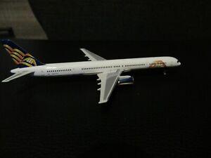 Gemini Jets 1:400 ATA 757-300 No Box