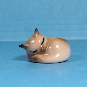 "Tiny sleeping kitten dollhouse planter - porcelain- 1 1/4"" D. - 1:12 scale"
