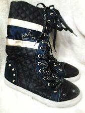 D. Signed . Disney   Girls high boots blue/gold sz. 4.  Nice.   😇😇😇