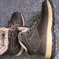 Winter Boots - Size 7.5