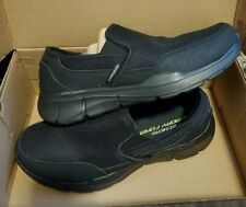 New Mens Skechers Black Slip On Cool & Calm Memory Foam Soles Shoes Size 9