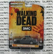 GREENLIGHT 1:64 Hollywood S14 The Walking Dead Governor 2001 FORD CROWN VICTORIA