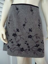 ANN TAYLOR Skirt 8 Mini Wool Blend Floral Applique Beads Embroidery Lined HOT!