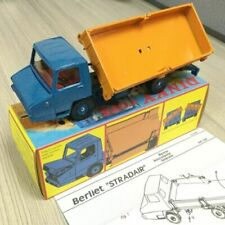Voitures, camions et fourgons miniatures oranges Dinky 1:43