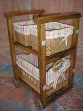 Mueble Estantería con 3 CESTAS de mimbre, nuevo, artesanal, color nogal