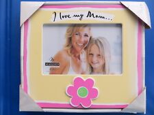 "FRAME, ""I Love My Mom""  Holds 4"" X 6"" Photo  Yellow With Pink Flower    NEW"