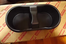 NEW GENUINE TOYOTA LANDCRUISER 100 SERIES  CENTRE CONSOLE CUP/ DRINK HOLDER