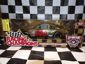 Darrell Waltrip #300 Tim Flock Special 1998 1:24 Racing Champions NASCAR