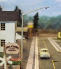 Osborn Models N Gauge   STREET LIGHTS   Non-Operating Set of 8 NEW Kit RRA3098