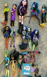 Lot of 13 Monster High Dolls Collectable Accessories Frankie Cleo Neighthan Rot