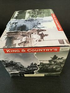 King and Country Mint Condition WWII MG029 Radio Jeep Retired