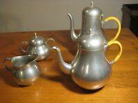 VINTAGE MID CENTURY MODERN PEWTER TEA AND COFFEE SERVICE C 1970's HOLLAND 4 PCE